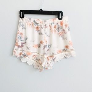 Women's Pac Sun Kendall Kylie Floral Shorts Small